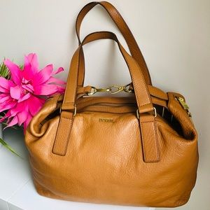 FOSSIL | Gorgeous pebble leather bag
